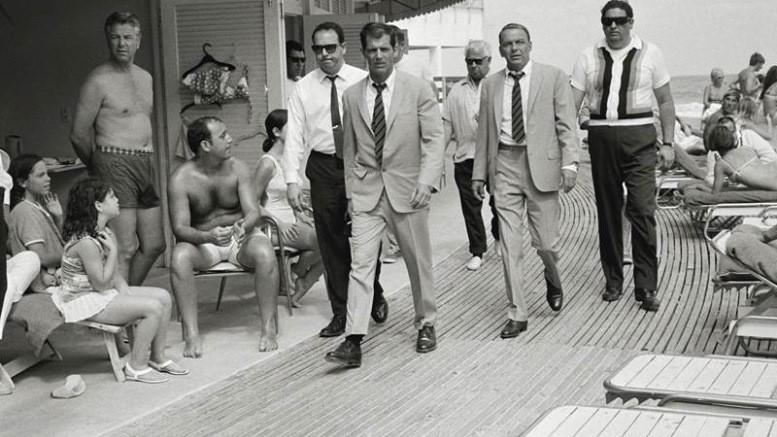 Sinatra at FountainBleau in 1968