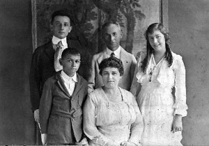 Cohen Family in 1919