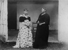 Julia & Fannie Tuttle in 1890