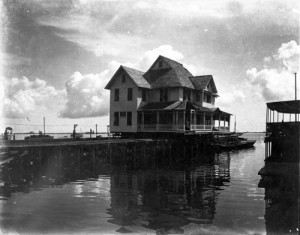 Jackson home on Barge in 1916. Courtesy of HistoryMiami