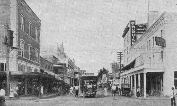 Avenue D and Twelfth Street (Miami Avenue & Flagler Street) in 1913