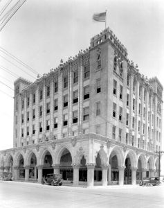 Burdine & Quarterman Store in 1926