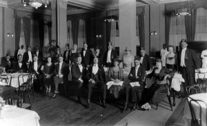 Shriners at Hotel Urmey in 1922.