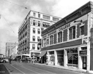 Watson Building looking north on Miami Avenue in 1936.