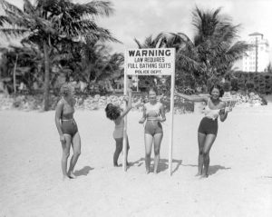 Romer picture of women at beach in 1934