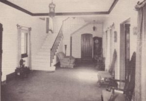 Entrance to La Casa Reposada in 1940.