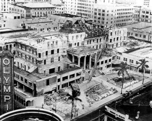 Demolition of Halcyon Hotel in 1937