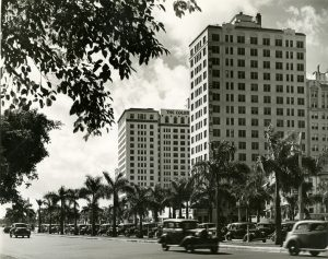 Miami Colonial Hotel on Biscayne Boulevard in 1931.