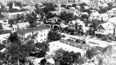 Aerial from McAllister Hotel in 1917.