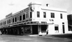 Exterior of U.S. Hotel in 1935.