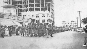 Soldiers marching on Twelfth (Flagler), Street in 1917.