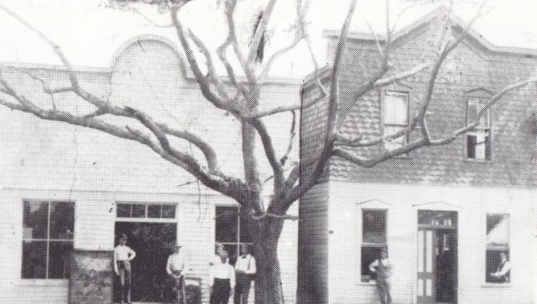 Brady's Grocery & Bank of Bay Biscayne on Avenue D in 1896.