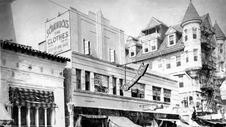 Halcyon Arcade on Flagler Street in 1935.