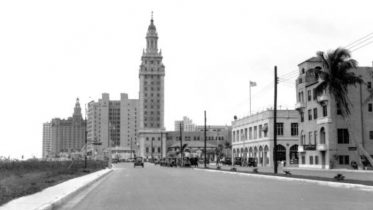 Miami Daily News Tower in 1925.