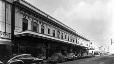 Oxford Hotel in Ullendorff Building on February 24, 1946
