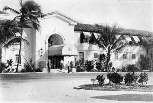 Front entrance of Surf Club in 1931