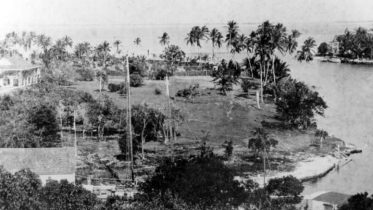 Aerial of Fort Dallas in 1894