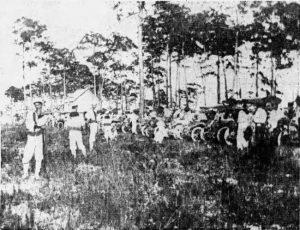 Spectators at Royal Palm Golf Links on July 21, 1911
