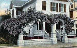 Villa Augusta Archway