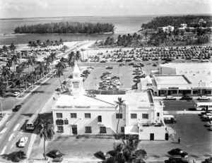 Aerial of Mayflower Restaurant in 1952