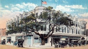 Postcard of Paramount Building in 1917